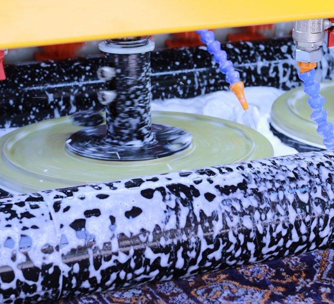 Mašinsko pranje tepiha pokazalo se kao delotvorna metoda